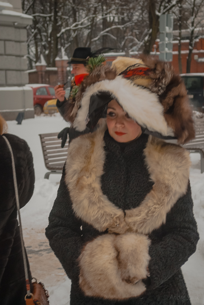 Keep warm! 14:12:16 DSC_2396