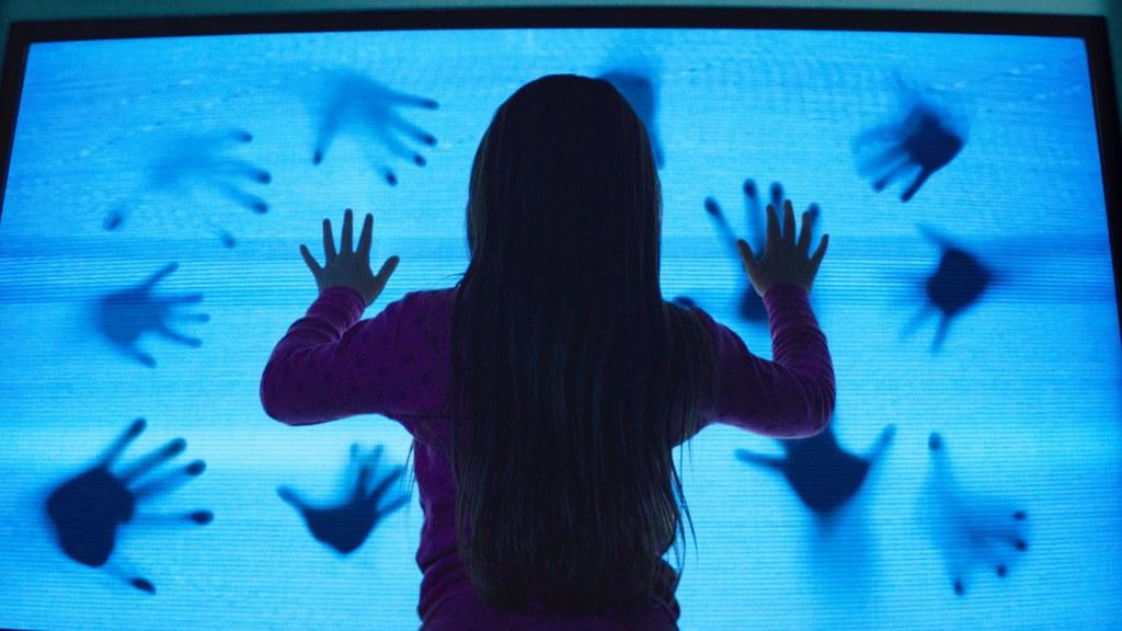 [Movie Review] Poltergeist (3D) - Alvinology