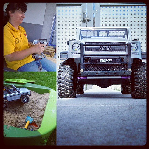 New Scale Crawler HG P402 from #banggood for my wife and Driving School with testtrack  :)