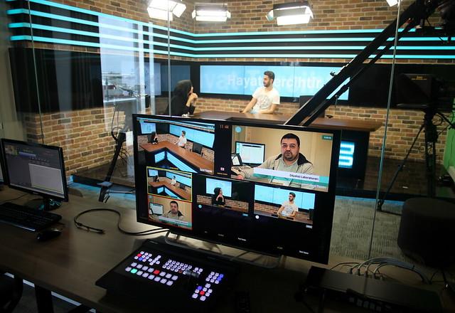 Üsküdar Üniversitesi iletişim öğrencileri için Radyo-Tv stüdyoları kurdu 2