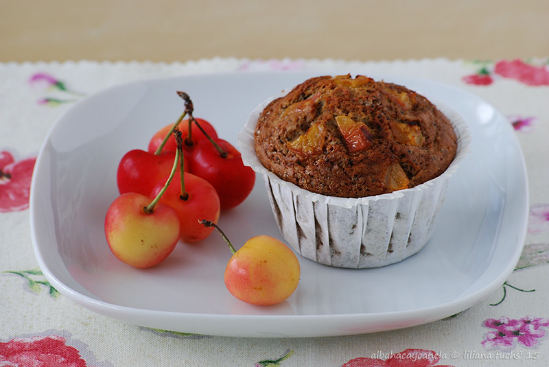 Spelt muffins with cherries and poppy seed