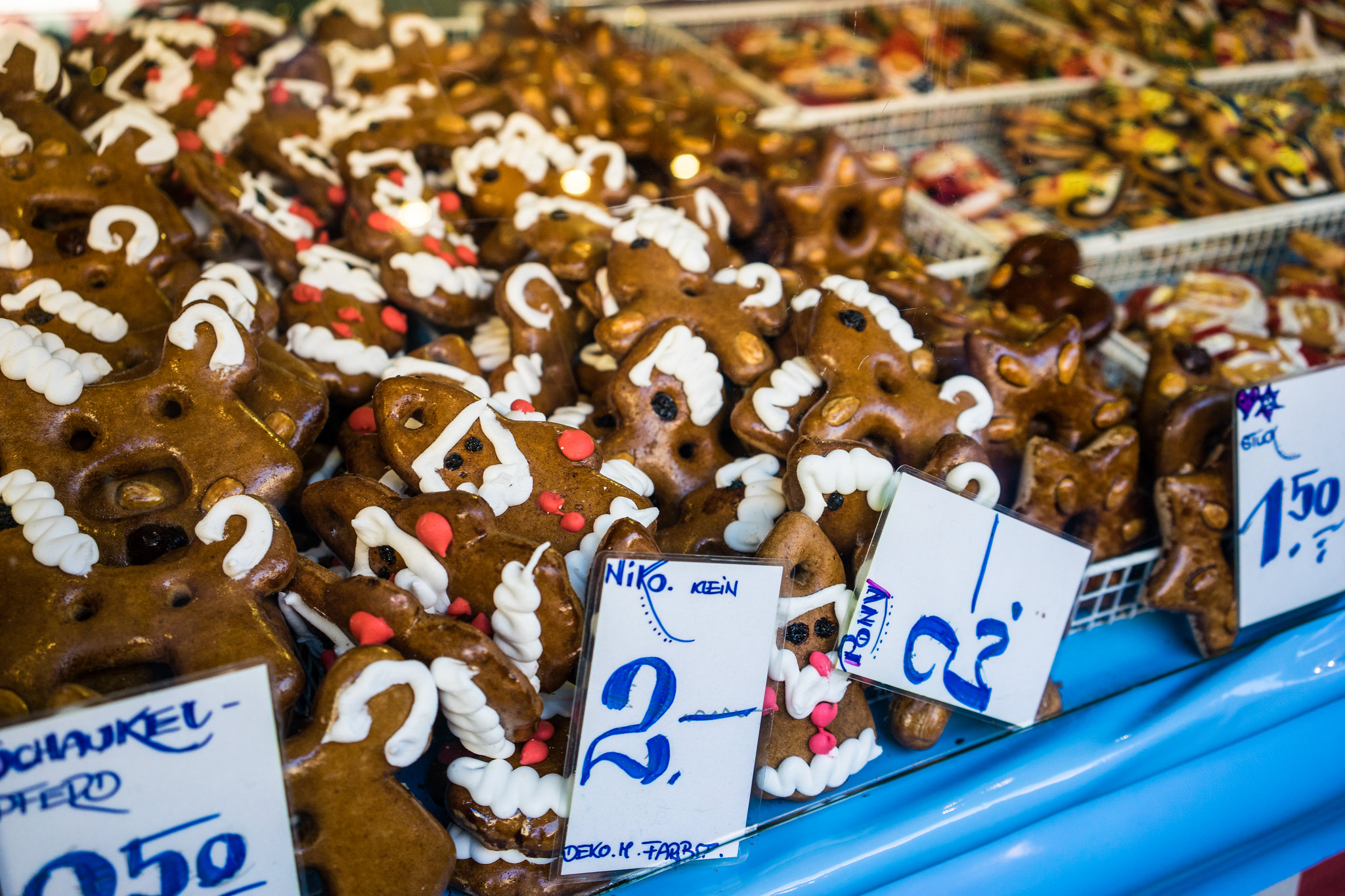10 Foods to Try at Christmas Markets in Europe