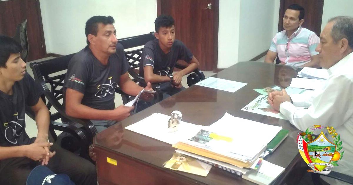 Reunión de trabajo Alcaldía de Chone y Club de Ciclismo TEAM Manabí
