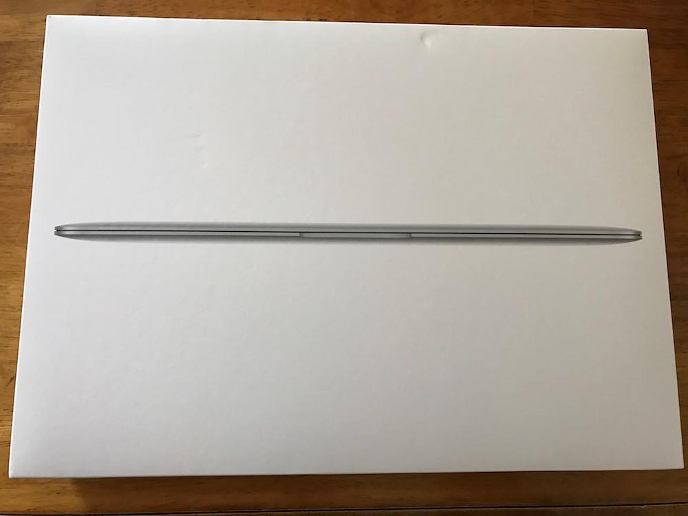 MacBook 12インチの外箱