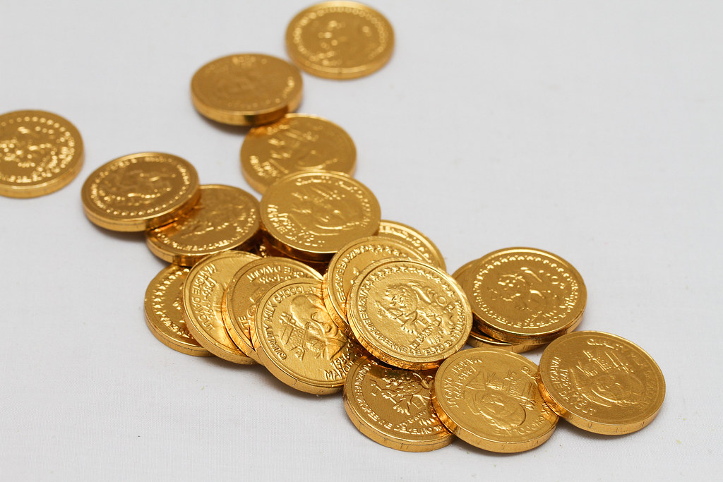 50 Childhood Snacks Singaporeans Love: Chocolate coin