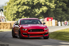 Ben Collins (former Stig) taking the Ford Mustang GT350R up hill @goodwood