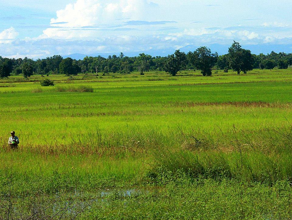 #travelbloggerindia #battambang #cambodiatourism