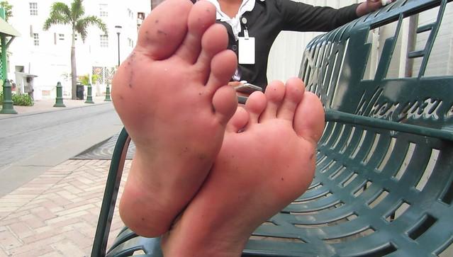 Stinky american feet size 7