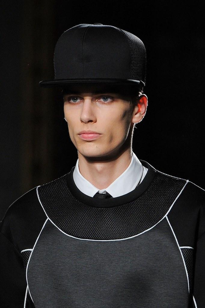 Marc Schulze3232_SS16 Milan Les Hommes(fashionising.com)