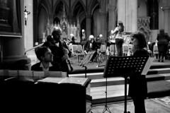 very jazzy: piano, flute, clarinet