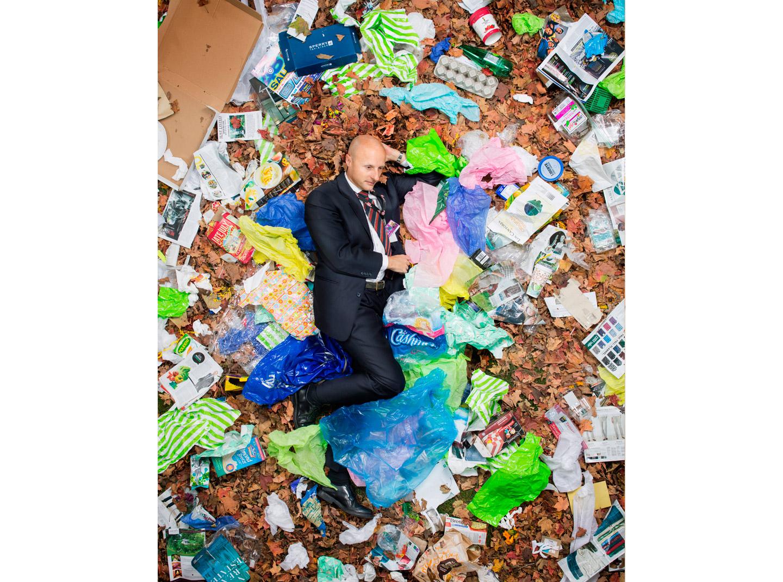 與你的垃圾共枕眠:上帝用七天創造世界,人類用七天創造垃圾24