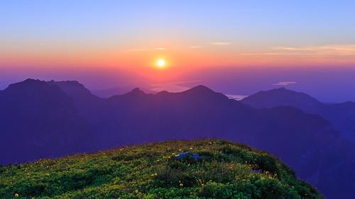 sunset rautispitz glarus lakezurich switzerland myswitzerland lukasschlagenhauf