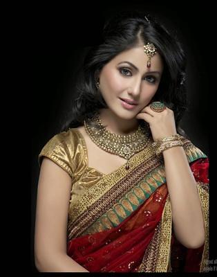Ved Deal's Bollywood Replica Hina Khan Heavy Red Designer Saree Sarees on Shimply.com