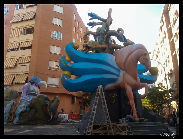 Plantá de Hogueras 2015 en Alicante - Hoguera la cerámica