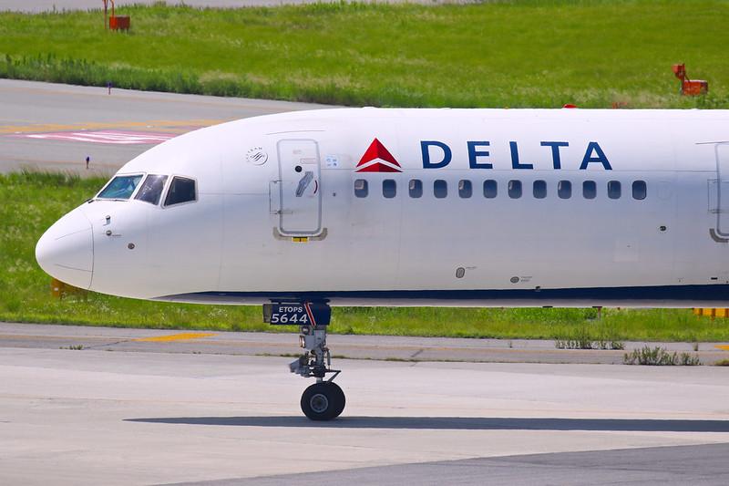 N544US 達美航空 デルタ航空 Delta Air Lines  Boeing 757-200