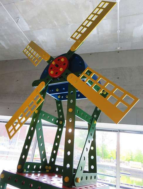A Mecanno windmill made for an Expo exhibition about Holland.