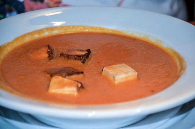 Sanaa tomato soup