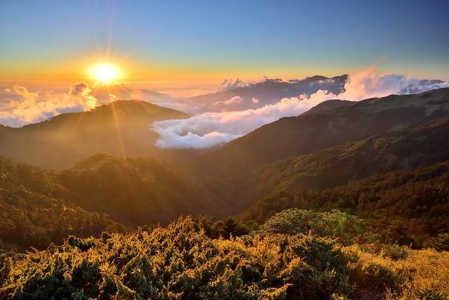 Sunset , Mountain Hehuan 夕照合歡