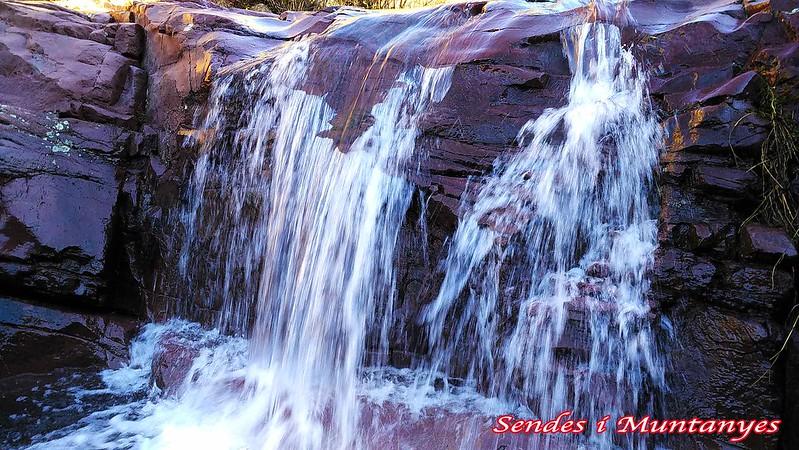 salto-agua---barranco-aguas-negras-algimia-almonacid