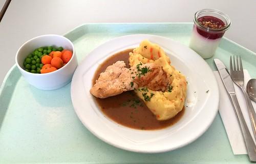 Turkey Steak with honey pepper sauce & mashed potatoes with carrots & celeriac / Putensteak mit Honig-Pfeffersauce & Kartoffelstampf mit Möhren & Sellerie