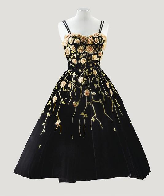 Pierre Balmain Haute Couture, 1953 - Lot 167