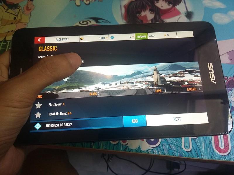 Trải nghiệm chơi game giải trí cùng Asus Fonepad FE171CG - 85085