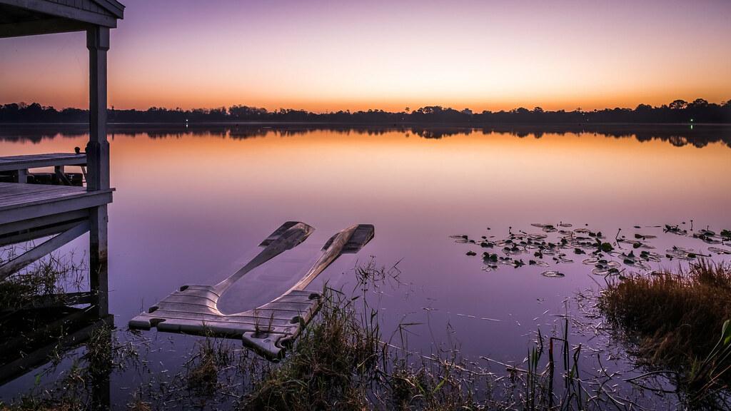 Lake Cane at sunrise, Orlando, Florida picture