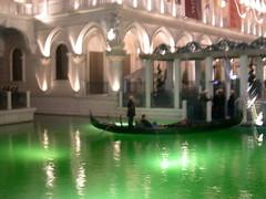 swimming pool(0.0), thermae(0.0), gondola(1.0),