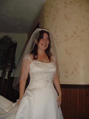 bride, veil, bridal clothing, bridal veil, gown, clothing, wedding, woman, female, wedding dress, dress, ceremony,