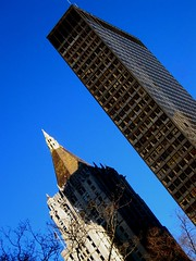 NY Merchandise Mart smushing NY Life Insurance by Underpuppy, on Flickr