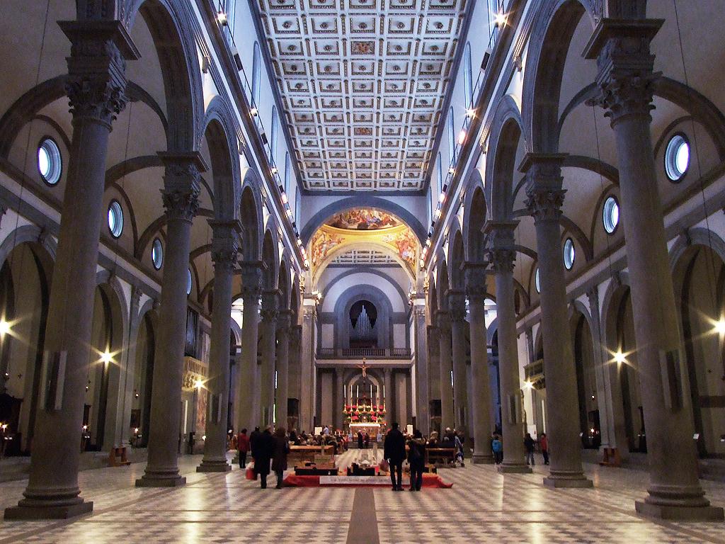 La ruta de brunelleschi en florencia for Interior iglesia san lorenzo brunelleschi
