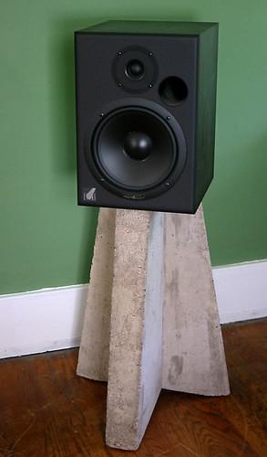 Concrete speaker stand