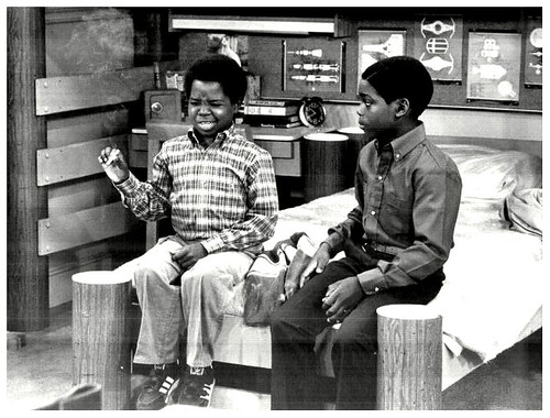 On the Set of Diff'rent Strokes