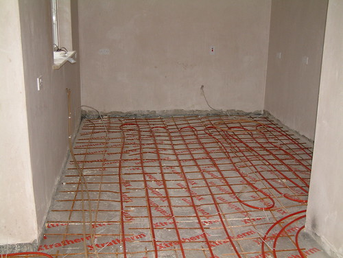 Underfloor heating in a kitchen