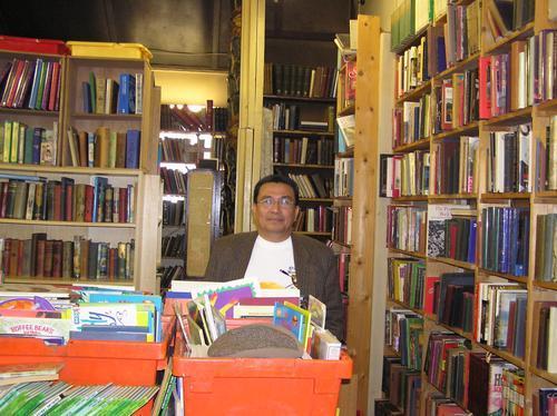 100,000 books