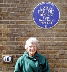 Photo of Ezra Pound blue plaque