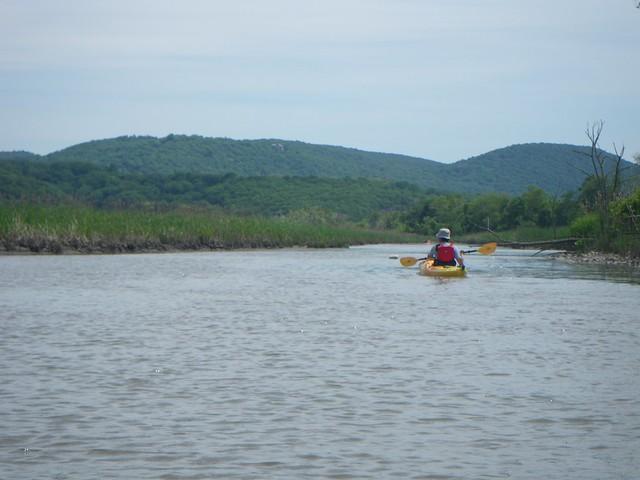 日, 2015-05-24 14:37 - Constitution Marshでカヤック