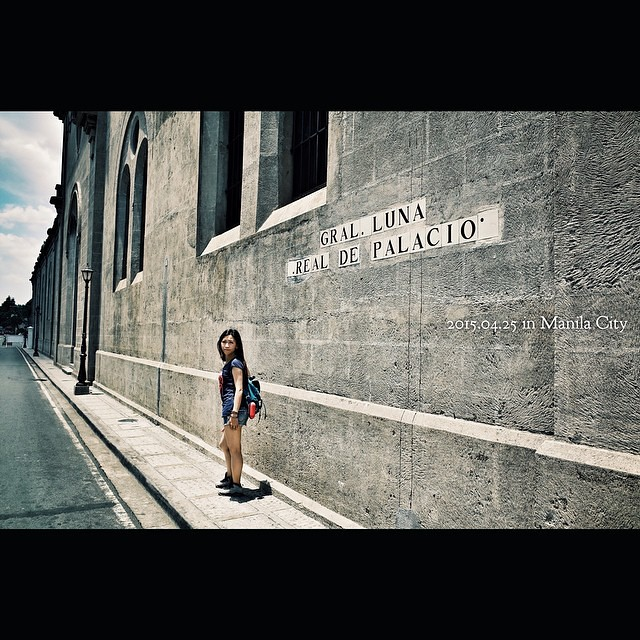 … 门打开的一刹,神圣的这一刹… 重逢在这苍穹,纬度里深深相拥 … #airport #gz #sh #streetphotography #streetsnap #ricohgr #ricoh #gr #vsco #vscocam #snapshot #snap #gm #panasonic #iphone6 #iphone #philippines #MANILA #travel #travelphotography #cebu #church