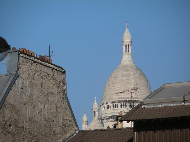 Paris, Montmartre, dôme et cheminées