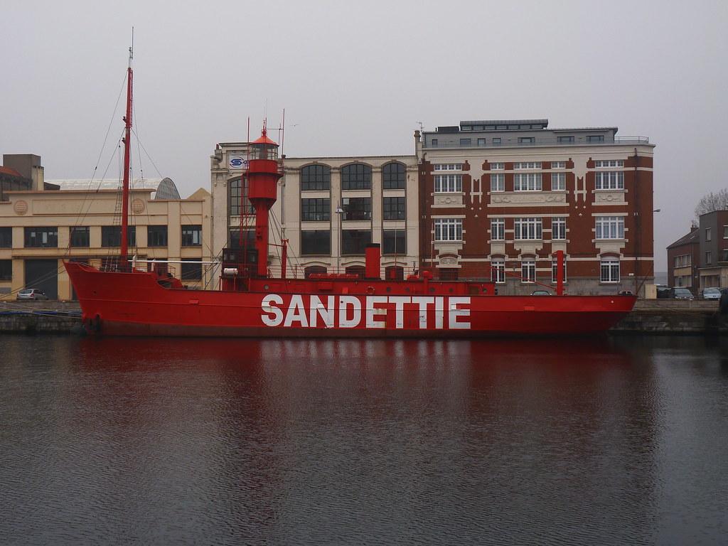 Dunkerque nord pas de calais france around guides - Mobilier de france dunkerque ...