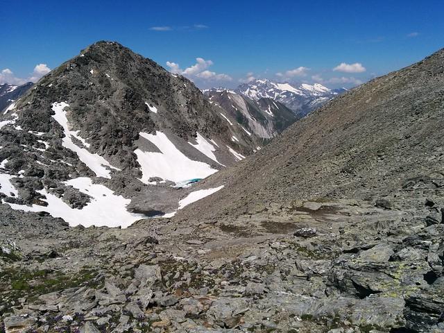 Wieder am Fuße der Dreieckspitze