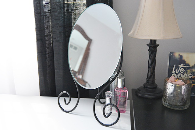 Three Easy Ways to Redecorate Your Vanity Space!