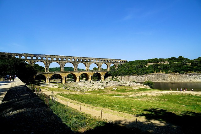 150706 Honeymoon Day2 - [France. Provence] 嘉德水道橋. Arles City.