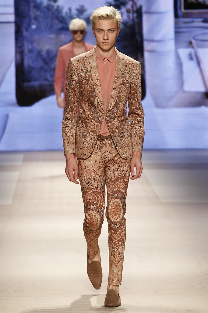 SS16 Milan Etro002_Lucky Blue Smith(VOGUE)