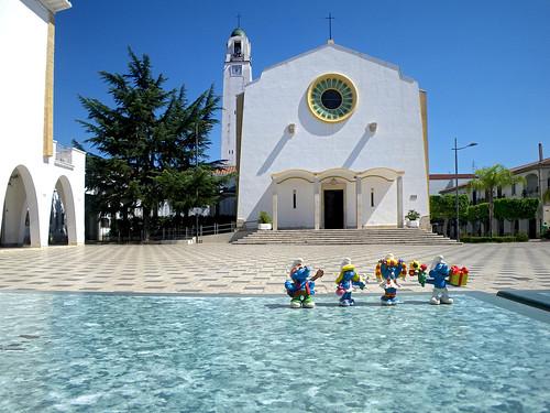 Km 124973 - Policoro - piazza eraclea la cattedrale01