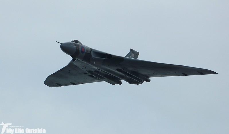 P1140051 - Vulcan XH558, Swansea Bay
