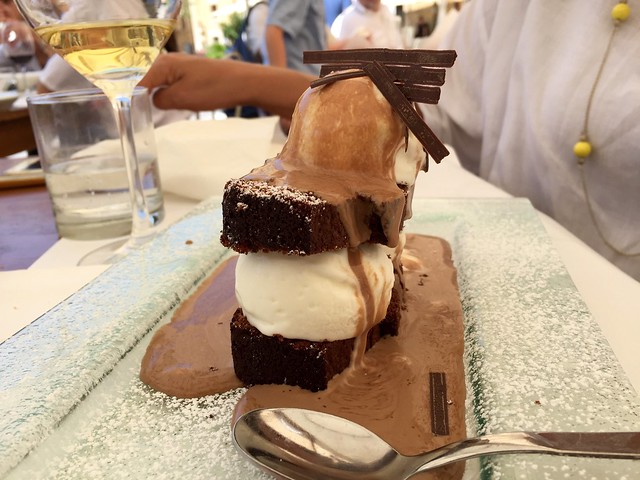ice-cream-tower-montefalco