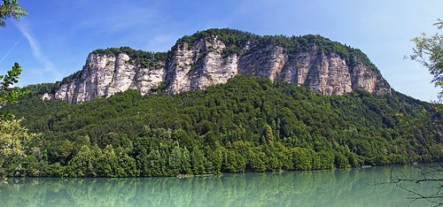 Drau/Drava and its cliffs