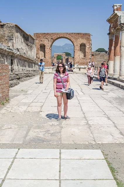 20150519-Pompeii-Arco-di-Onorario-0393