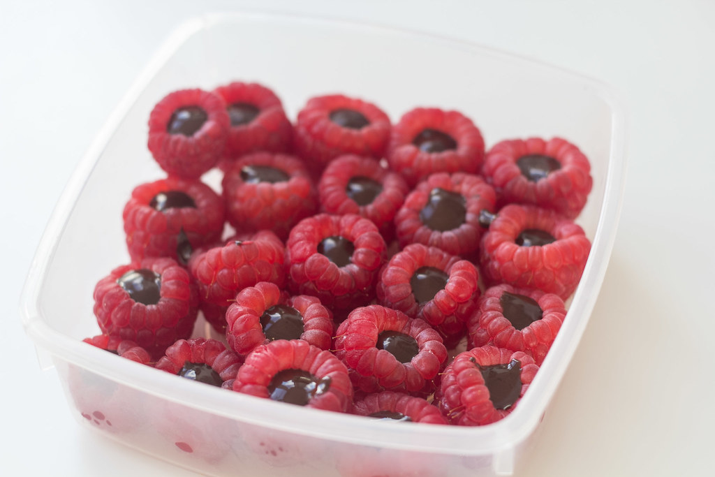 Recipe for Homemade Chocolate-Filled Raspberries